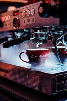 Coffee Culture: Le Creuset Bon Appetit Giant Cappuccino Mug Le Creuset, French Coffee, Cappuccino Mugs, Coffee Culture, V60 Coffee, Espresso Machine, Bon Appetit, Stoneware, Brewing