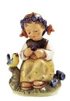 Hummel actueel | Hummel beeldje Enzianmadchen / The Botanist | Peter's Hummel Home | De grootste collectie beeldjes | Hummel Disney Goebel R...