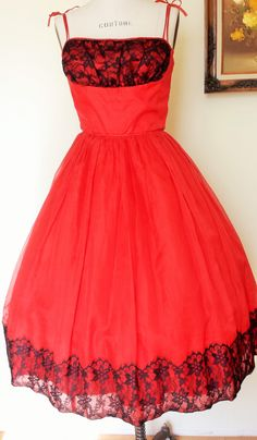 1950s Vintage Full Skirt Party Dress Red with Black Lace Dress