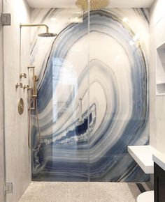 12 Awesome Marble in Shower Design Ideas - Interior - Design Dream Bathrooms, Beautiful Bathrooms, Tile Bathrooms, Luxury Bathrooms, Modern Bathrooms, Douche Design, Bathroom Goals, Deco Design, Design Trends