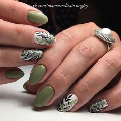 Most Eye-catching Green Nails Inspirational Ideas For Wedding And Prom - Page 13 of 66 - Marble Kim Design Shellac Nails, Manicure And Pedicure, Toe Nails, Acrylic Nails, Nail Polish, Pedicure Summer, Green Nail Art, Green Nails, Green Nail Designs