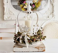 Shabby Story: crown candle holder