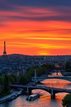 Sunset in Paris share moments