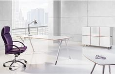 Snabb is modern executive furniture of unique design. An element which concentrates the greatest attention are plywood details, curver desk tops and unique frames.  #plywood #desk #biurko #slejka #furniture #meble