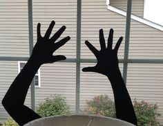 DIY: Halloween Silhouettes with Your Kids as models