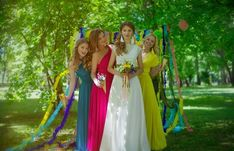 Beautiful bridesmaid dresses: pictures, styles, trends of wedding fashion