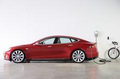 Tesla Model S: Plugless kabelloses Laden – erstes Modul zur Vorbestellung freigegeben