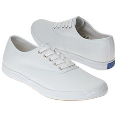 keds old-school. With jean capris and oversized linen shirt = beach nights White Keds, School Must Haves, Keds Sneakers, My Generation, My Childhood Memories, Sweet Memories, My Memory, The Good Old Days, Girls Wear