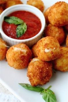 Fried Bocconcini with Spicy Tomato Sauce. Appetizer: Fried Bocconcini with Spicy Tomato Sauce. Think Food, I Love Food, Crazy Food, Fingers Food, Great Recipes, Favorite Recipes, Yummy Recipes, Drink Recipes, Dishes Recipes