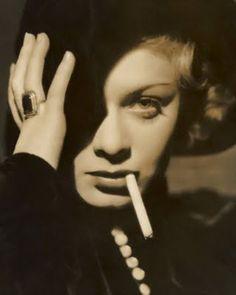 Diamond Stash: Film Noir Femme Fatale