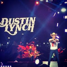@dustinlynchmusic with @LukeBryan & @randyhouser at @PhilipsArena  #KickUpTheDust on one #HellOfANight with @949thebull #HornsUp #GeorgiaCountry #iHeartCountry #iHeartRadio