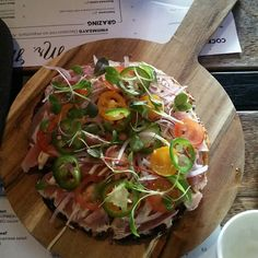 Tuna tataki pizza by _neatoburrito_