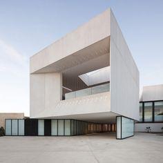donaire arquitectos + theatre in almonte
