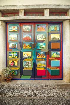 Another fabulous door on Rua de Santa Maria by Dmitri Korobtsov, via Flickr