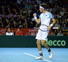Mayer ganó con todo el coraje y metió a Argentina en la final de la Copa Davis - Tenis http://befamouss.forumfree.it/?t=73022457#entry598078788