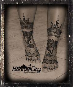 Going back in time to the 1940s. Henna design. Hope you like it :).