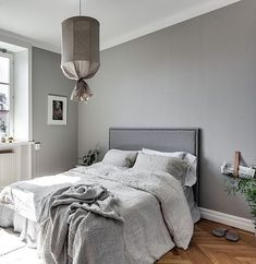Love this beautiful grey and white bedroom! Image via Residence magazine