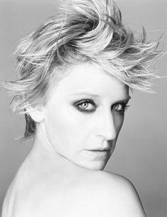 Ellen Degeneres. (Wow, so different than other pictures of Ellen)