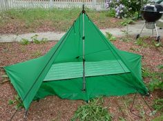 Excellent selection of ways to pitch a tarp.