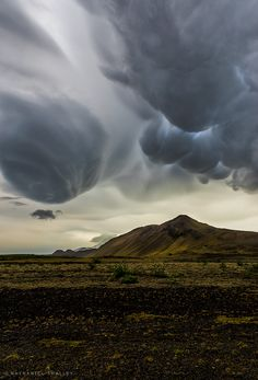~~Thor's Revenge | mammatus clouds, Iceland | by Nathaniel Smalley~~