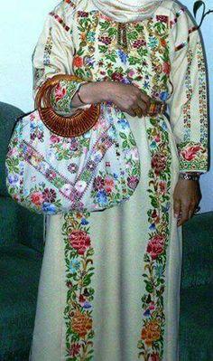 Rammal Allah traditional dress, Palestine
