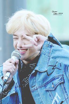 "bang chan pics💥 on Twitter: ""… "" Cute Definition, Sydney, Rapper, Stray Kids Chan, Baby Bangs, Looks Dark, Fandom, Korean Aesthetic, Light Of My Life"