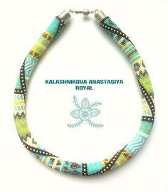 Bead Crochet Patterns, Bead Crochet Rope, Beading Patterns, Beaded Crochet, Bead Jewellery, Diy Jewelry, Collar Necklace, Beaded Necklace, Crochet Beaded Bracelets