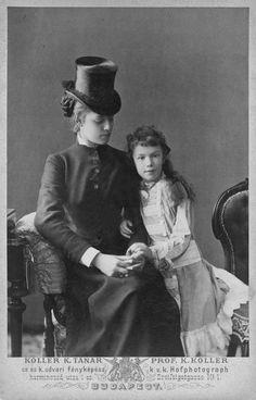 Empress Elisabeth of Austria. Sissi and her daughter b