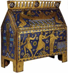 Reliquary of Thomas Becket champlevé enamel, 28 x 39 x 12 cm British Museum, London