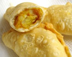 Curry Puff by Lydia's Corner