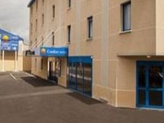 Paris Comfort Hotel Bobigny Paris Est France, Europe Ideally located in the prime touristic area of Bobigny, Comfort Hotel Bobigny Paris Est promises a relaxing and wonderful visit. Featuring a complete list of amenities, guests will find their stay at the property a comfortable one. Free Wi-Fi in all rooms, fax machine, photocopying, 24-hour front desk, facilities for disabled guests are on the list of things guests can enjoy. Some of the well-appointed guestrooms feature tel...