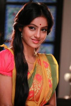 Deepika Singh Sandhya Latest HD Pics and Wallpapers Most Beautiful Indian Actress, Beautiful Actresses, Beautiful Saree, Beautiful Gorgeous, Bollywood Hairstyles, Deepika Singh, India Beauty, Elegant Woman, Bollywood Actress