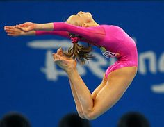Google Image Result for http://static.tvguide.com/MediaBin/Galleries/Shows/Numbers/2008olympics/1/2008olympics-NastiaLiukin81.jpg
