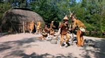 NTR | Het Klokhuis - prehistorie jagers/verzamelaars