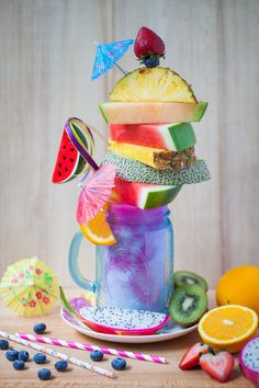 Tropical island good vibes and a healthy smoothie all in one glass! Candy Drinks, Fun Drinks, Yummy Drinks, Yummy Food, Beverages, Milkshake Drink, Milkshake Recipes, Monster Milkshakes, Crazy Shakes