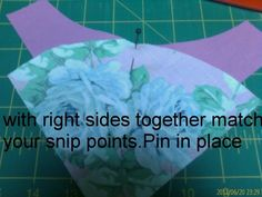 Below are some photos of step by step how to sew curved seams. I used the drunkards path acrylic templates in this, because it is what I have. Sewing Tools, Sewing Hacks, Sewing Ideas, Sewing Projects, Projects To Try, Quilting Tips, Photo Tutorial, Refashion, Fabric Crafts