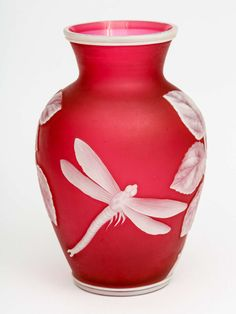 Thomas Webb Cameo Glass Vase Antique | Home > Furniture > Decorative Objects > Vases and Vessels