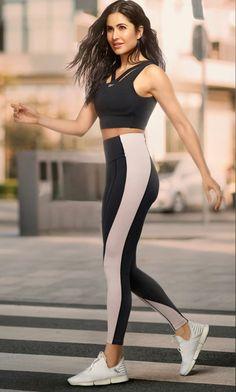 Katrina Kaif Bikini, Katrina Kaif Hot Pics, Katrina Kaif Photo, Indian Actress Hot Pics, Indian Actresses, Katrina Kaif Wallpapers, Half Shaved Hair, New Reebok, Madame Tussauds