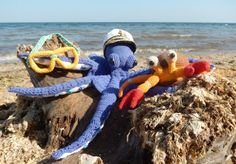 Octopus and Crab - free crochet patterns (English included)