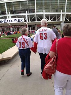 Old couples are so cute!!!