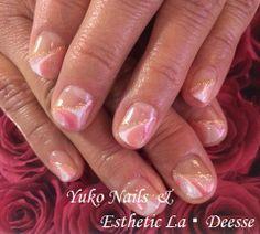 Yuko Nails And Esthetic La Deesse ジェルネイルデザイン♪ (定額制:Platinum)エミリオプッチ風の柄を落ち着いたカラーで描いた上品かつ華やかなデザイン♪