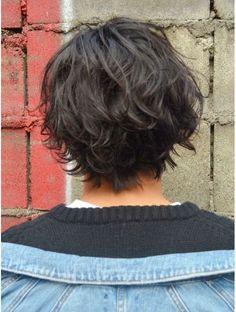 シャルル(charles)☆色気マッシュ☆≪charles≫ Medium Length Hair Men, Medium Hair Cuts, Long Hair Cuts, Medium Hair Styles, Gents Hair Style, Men New Hair Style, Hair And Beard Styles, Curly Hair Styles, Wavy Hair Men