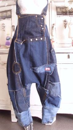 20 Tips for Who Want To Wear Business Casual Jeans Women Jeans Recycling, Recycle Jeans, Ropa Shabby Chic, Business Casual Jeans, Diy Vetement, Denim Ideas, Recycled Denim, Denim Outfit, Denim Fashion