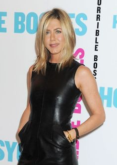 Shoulder Length Hair Style - Latest Hair style of Jennifer Aniston