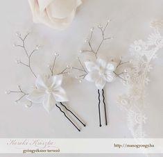 Esküvői hajdíszek : Virágos-gyöngyös hajtű 2db, megtekinthető