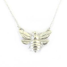 Sterling Silver    Bee - 19 x 14mm  Weight - 3.2 grams    42cm silver chain