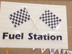 Simple Pinewood Derby Decorations