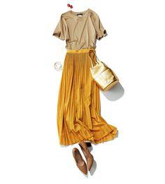 Tシャツ+ふんわりスカートのマンネリコーデに何を足す?Marisol ONLINE|女っぷり上々!40代をもっとキレイに。 Fashion Mode, All Fashion, Work Fashion, Autumn Fashion, Womens Fashion, Fashion Design, Fashion Trends, Ladies Fashion, Mustard Skirt