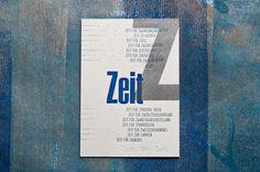 """Diese """"ZEIT""""postcard wurde in vier Druckstufen hergestellt: Holzlettern in Silber, Holzlettern in perfekt Blau, Bleisatz für Blindprägung und Klischee in Perfekt Blau mit Silberanteil. Gedruckt wurdeauf Munken Lynx cremeweiß 600gramm. letterpress manufaktur Salzburg"""
