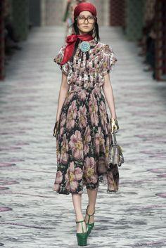 Gucci . Milan Fashion Week . primavera verano 2016